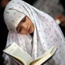در روایات داریم که افضل آیات قرآن آیت الکرسی و «بسم الله الرحمن الرحیم» است. پس یعنی نیازی نیست برای دیگر آیات وقت بگذارم؟ به علاوه چرا باید تمام قرآن را تلاوت کنم در حالی که قرآن اصلی نزد ما نیست؟